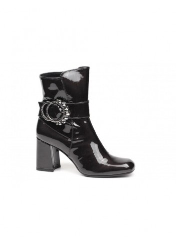 NAILAH ANKLE BOOT T192